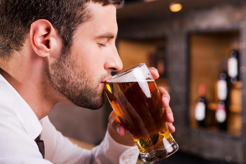 i bevitori di birra più famosi uomo